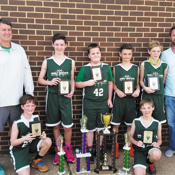 Mary, Mother team earns basketball championships