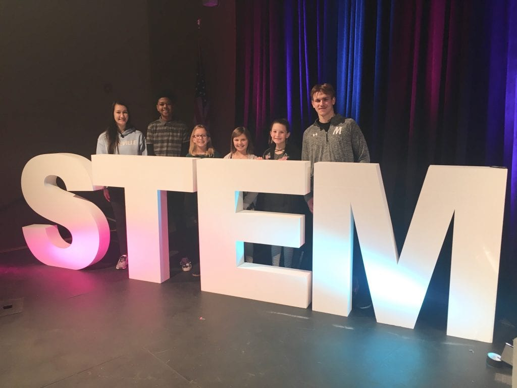 Mehlville+hosts+regional+STEM+summit+to+display+teaching+techniques