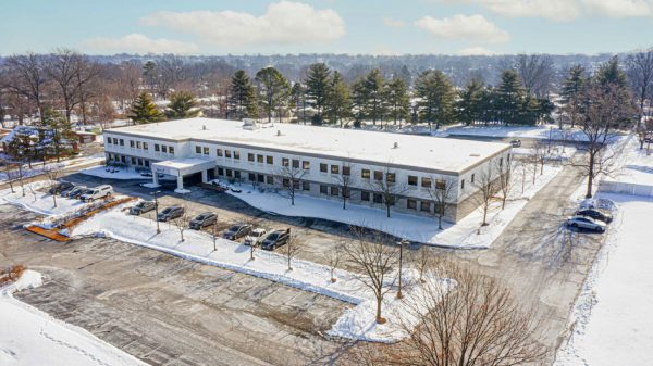 An aerial view of an existing office building that could become the new Mehlville Central Office at 2900 Lemay Ferry Road, from the real-estate listing in March 2021.