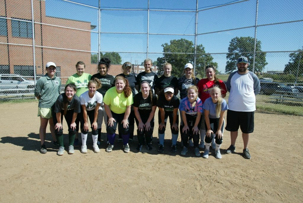 Mehlville+High+School+softball+team+set+to+make+some+progress+in+2017