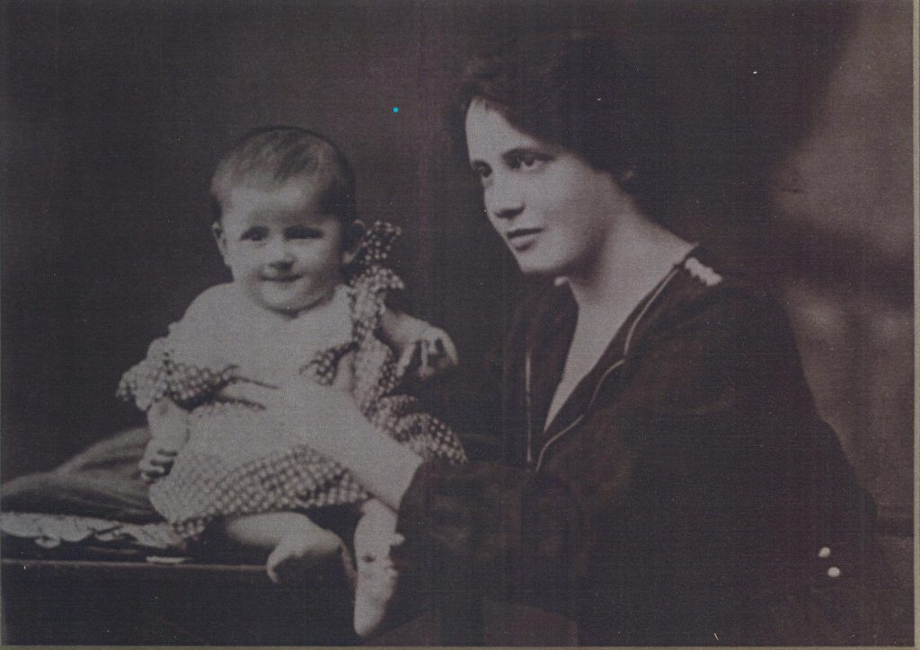 Noemi+Ban+and+her+mother+Juliska+pictured+in+1922.+Photo+courtesy+of+the+Holocaust+Center+for+Humanity+in+Seattle.