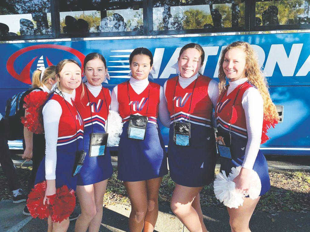 Oakville+cheerleaders+perform+at+Citrus+Bowl