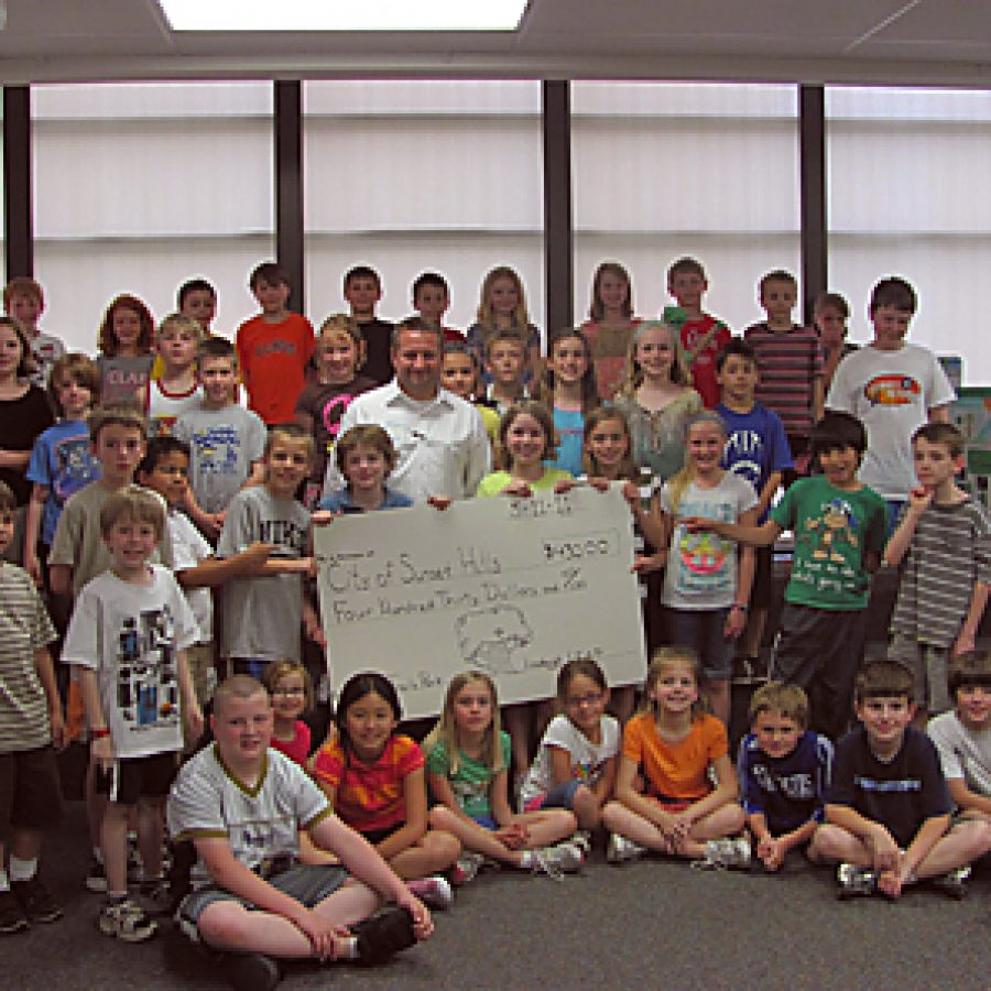 Lindbergh students study storm damage, donate to help new trees