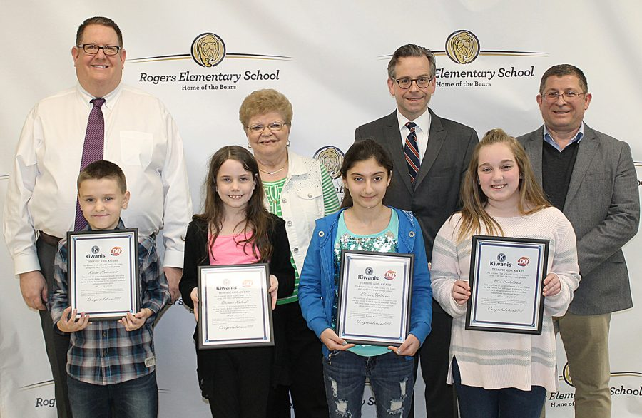 The+South+County+Kiwanis+honored+these+Rogers+Elementary+students+in+March+2018.+ictured+are%2C+left+to+right%2C+Kerim+Hasanovic+%28second+grade%29%2C+Brenna+Kolaski+%28third+grade%29%2C+Elvisa+Halilovic+%28fourth+grade%29%2C+and+Mia+Indeclicato+%28fifth+grade%29.+Behind+the+students+are+Kiwanians+Roy+Wunsch%2C+Pauline+Roth%2C+Rogers+Principal+Patrick+Keenoy%2C+and+Kiwanian+Ron+Rammaha.