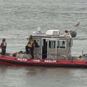 The St. Louis Fire Department's Marine 2 rescue boat responds to a rescue in the Mississippi River that turned into a recovery effort.