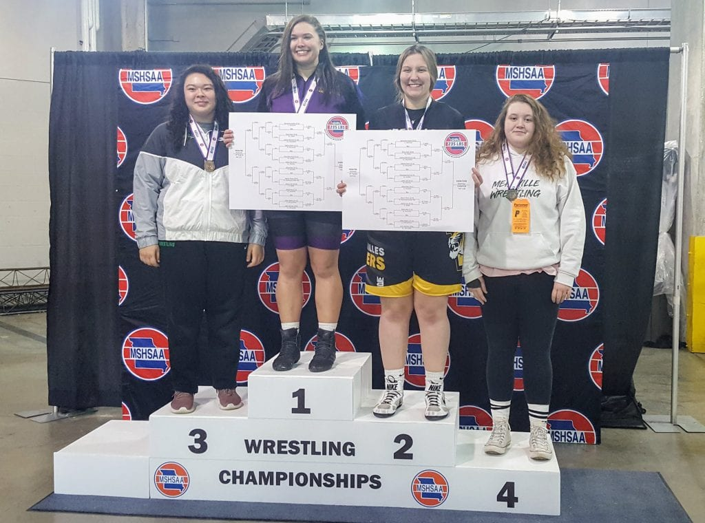 Pictured+above%3A+Samantha+Apple+takes+4th+place+at+the+state+wrestling+tournament.+