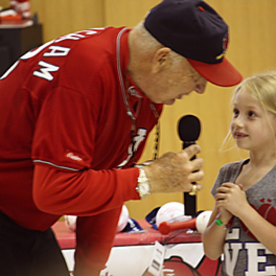 Cardinals' visit to Sappington Elementary focuses on 'Doin' It Right'
