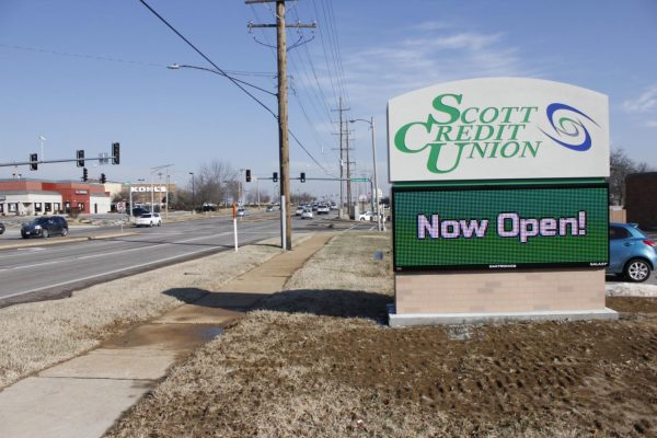 The sign at Scott Credit Union in Crestwood along Watson Road.