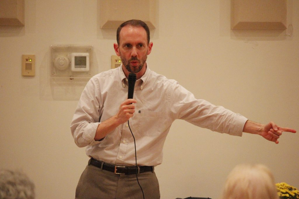 Sen.+Scott+Sifton%2C+D-Affton%2C+speaks+at+the+Oakville+Democrats%27+ODO+Fest+in+October+2018.+Photo+by+Erin+Achenbach.