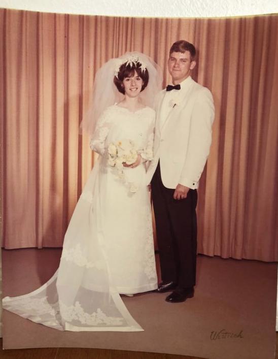 Eugene+and+Irene+Schmidt+celebrate+their+50th+anniversary