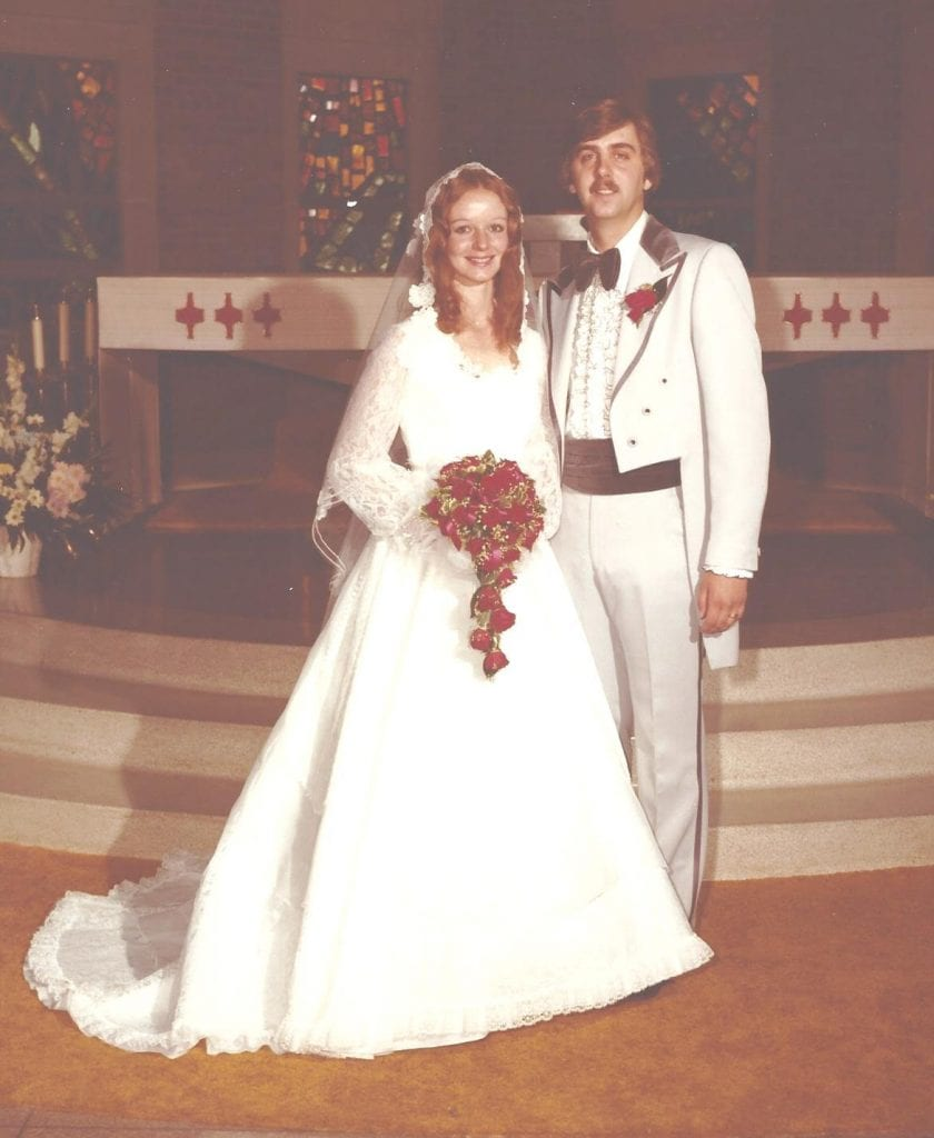 Don+and+Mary+Freshley+celebrate+their+40th+anniversary