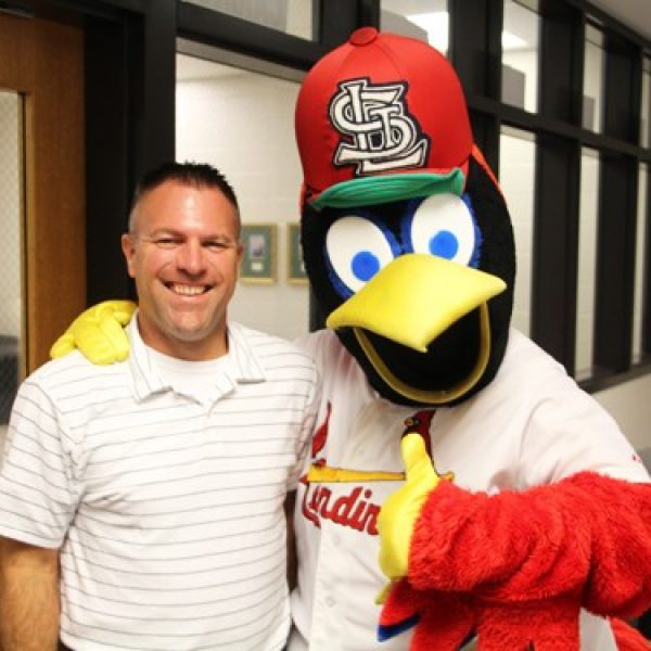 Fredbird visited Sperreng Middle School last Friday to honor band teacher Brian Wyss as the St. Louis Cardinals 'Star of the Classroom' for September.