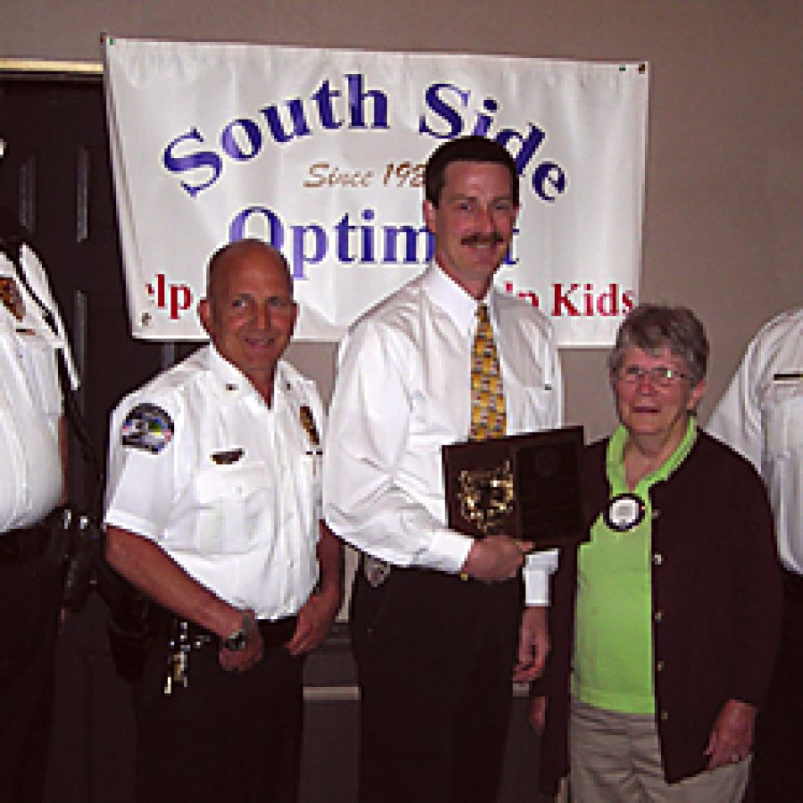 Crestwood police officer honored