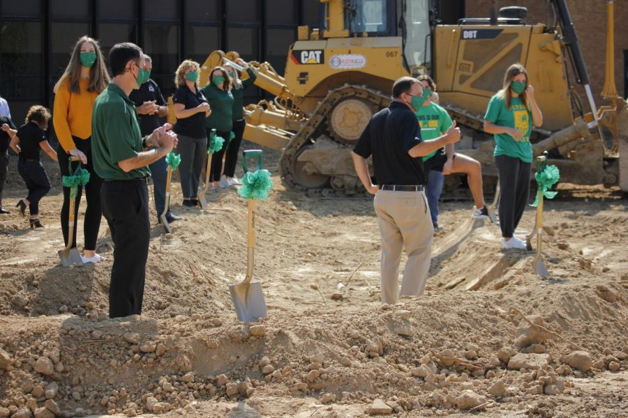 PHOTOS%3A+Construction+begins+on+Lindbergh%27s+new+state-of-the-art+high+school