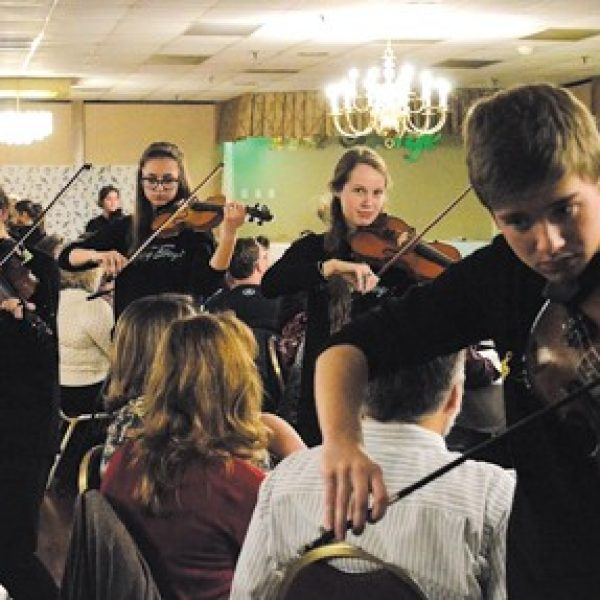 The Lindbergh High School Strolling Strings will perform in July at the Stirling Bridge International Youth Arts Festival in Stirling, Scotland.