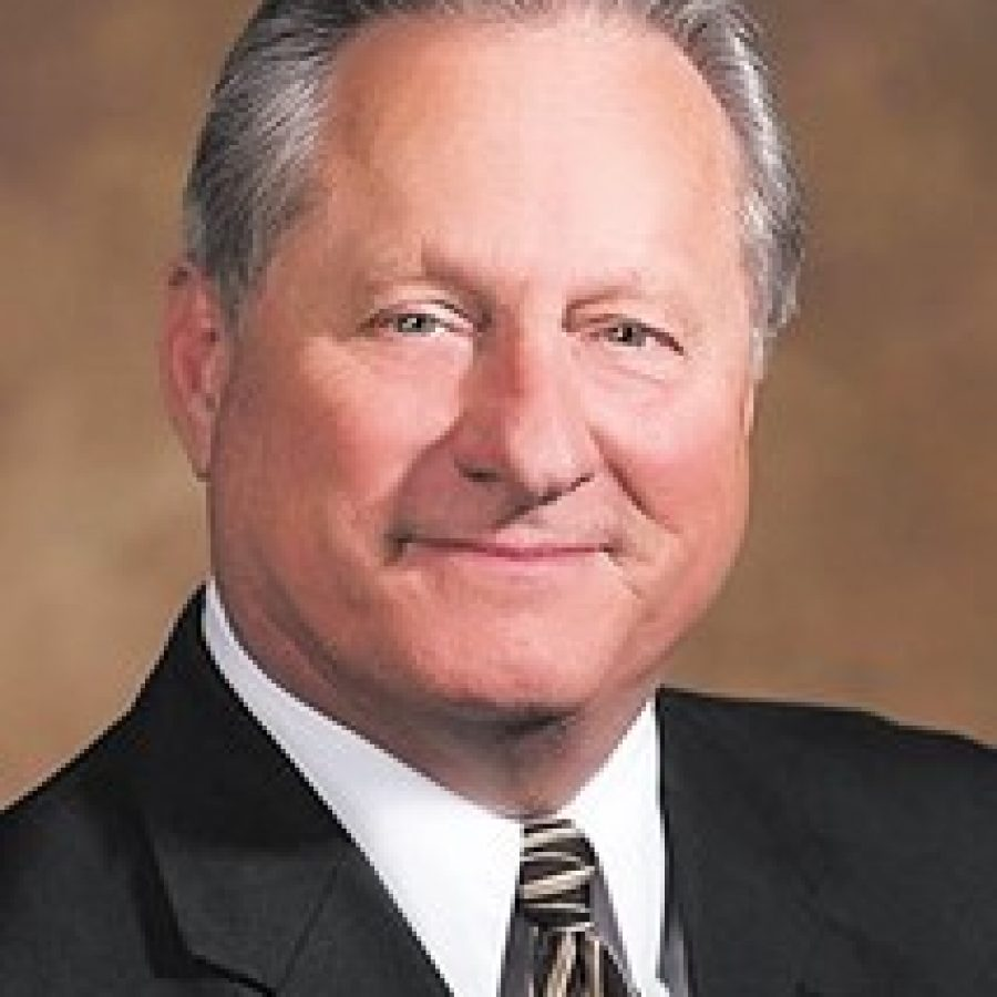 Crestwood Mayor Gregg Roby