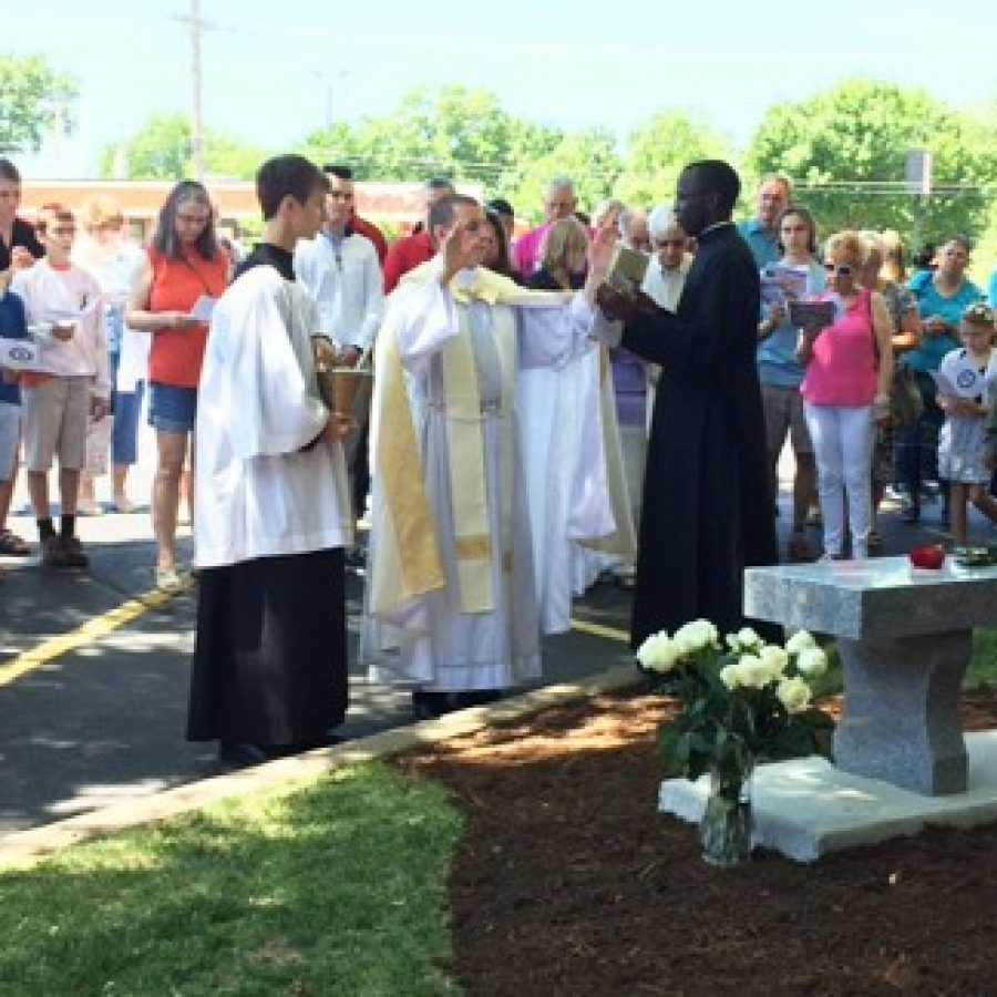 St. Francis dedicates Memorial to the Unborn