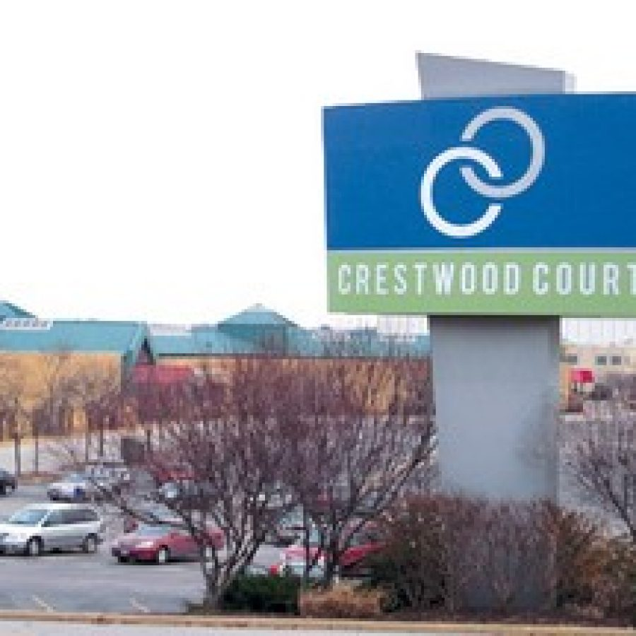 In the last minutes of the auction on Crestwood Court Wednesday, bidding on the mall went up to \$3.65 million, with a bid deposit of \$25,000.