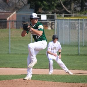 Lindbergh tops Oakville in baseball
