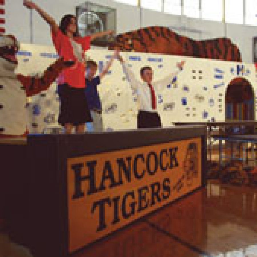 Hancock High conducts awards assembly